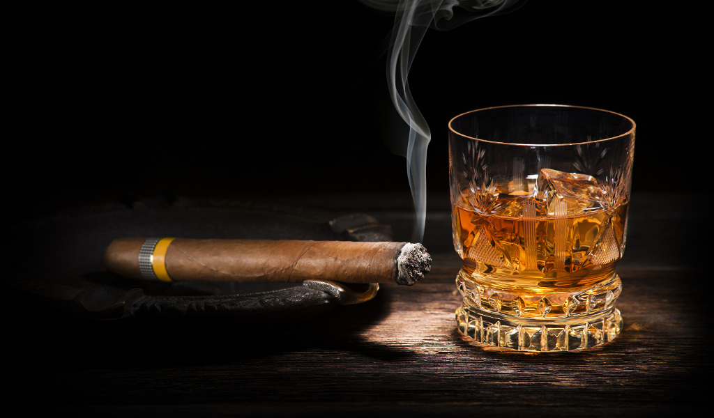 Bourbon_And_Cohiba